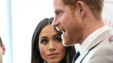 Meghan Markle y el príncipe Harry renuncian a su sueldo y cargos como miembros de la familia real británica