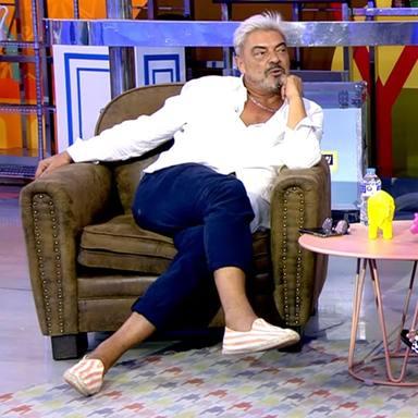 Antonio Canales brota en directo en Sálvame tras comunicarle su despido delante de la audiencia