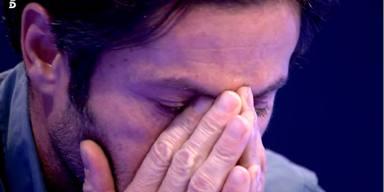 Canales Rivera llorando durante una de sus intervenciones televisivas