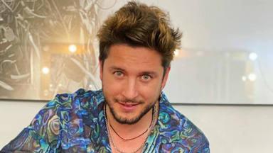 """Manuel Carrasco canta """"Nadie Quiere Que Bailes Con Nadie"""""""