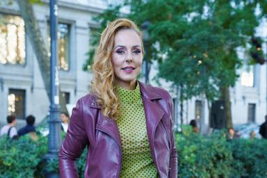 Rocío Carrasco reaparece tras semanas alejada de los focos en un desfile de su amigo Palomo Spain