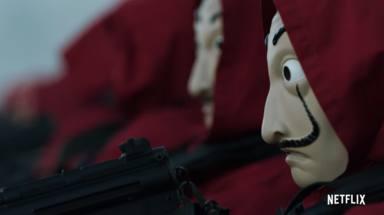 El equipo de El Profesor (Álvaro Morte) en 'La casa de papel 3'