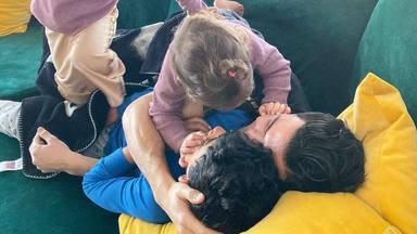 Georgina Rodríguez se derrite con los buenos días más dulces de Cristiano Ronaldo con sus hijos