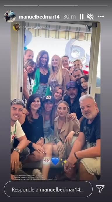 Antonio David Flores no aparece en la foto de la celebración del cumpleaños de Olga Moreno