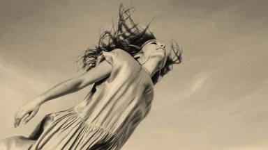 """Judit Neddermann manda """"Canta"""" a través de una fragilidad exquisita y una calidad a tomar en cuenta"""
