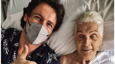 Octavi Pujades junto a su tía Amparo en una imagen de sus redes sociales