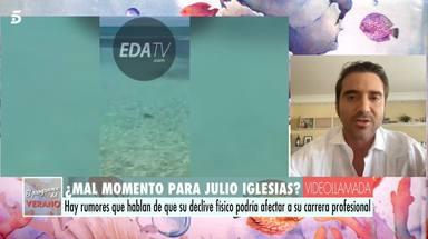 Javier Negre explicando el vídeo que Julio Iglesias le ha mandado desde las Bahamas para desmentir rumores