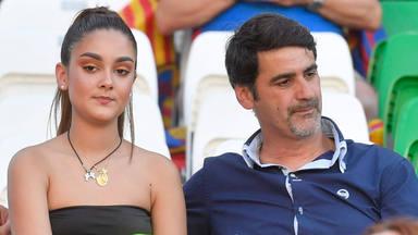Jesulin de Ubrique junto a si hija en la final de la Copa del Rey