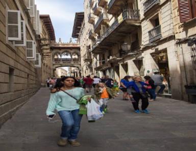 El Portal de l'Àngel el carrer amb la renda més cara per novè any consecutiu