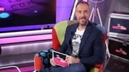 Antonio Hueso recibe en el sofá de 'No solo vengo a hablar de mi disco', no a uno, sino a dos grandes artistas