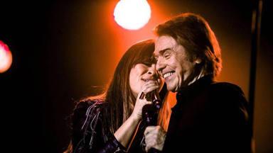 """Raphael y Vanesa Martín cantan """"Se nos rompió el amor"""", la emblemática canción de Rocía Jurado"""