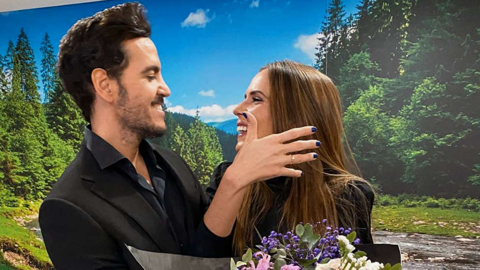 ¡Se nos casa!: La directora digital de CADENA100 anuncia su boda en directo