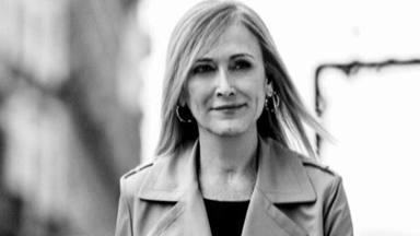 'Supervientes' tienta a Cristina Cifuentes con una suculenta propuesta y ella niega en rotundo