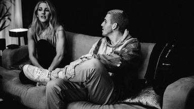 """Ellie Goulding lanza su balada """"Slow Grenade"""" para recordarnos que su álbum llega este mismo mes de julio"""