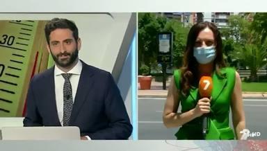 Vídeo reportera murcia tira las gafas de sol