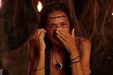 Olga Moreno, rompe a llorar al darse cuenta de que igual ha hablado más de la cuenta en Supervivientes