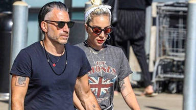 Lady Gaga vuelve a brillar sola