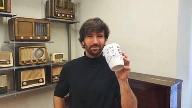 ¿Quieres ganar esta taza de CADENA 100 firmada por David Otero?
