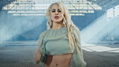 """Lucía Gil propone """"Plástico"""" como su nueva propuesta musical frente a las relaciones tóxicas"""