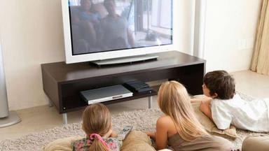 Los consejos para evitar la fatiga delante de la televisión durante esta cuarentena