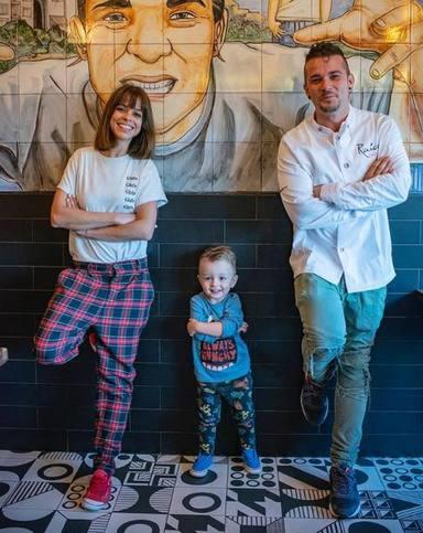 Carlos Maldonado junto a su mujer Ruth y su hijo Carlos