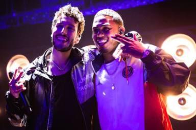 Myke Towers y Sebastián Yatra en los ensayos de los Premios Juventud 2021