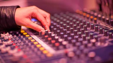 La venta de música se recupera y crece en España un 22,3% tanto en formatos digitales como físicos