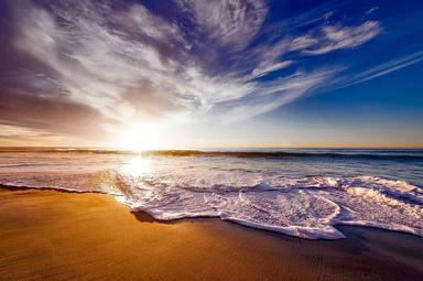 Les platges es preparen per l'estiu