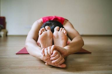 Postures de ioga per a relaxar-te