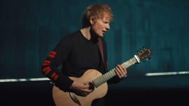 Ed Sheeran toma su guitarra española y estrena versión acústica de uno de sus últimos lanzamientos: 'Shivers'