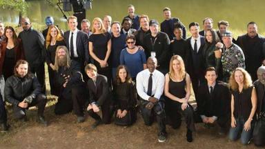 Reparto de Vengadores - endgame en el rodaje del funeral de Tony Stark (Robert Downey Jr.)