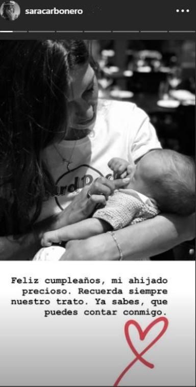 Sara Carbonero felicita a su ahijado Hugo, el hijo de Isabel Jiménez, por su primer cumpleaños
