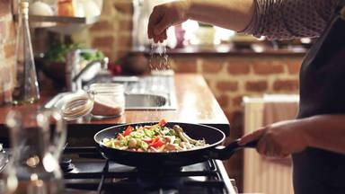 """""""3 ingredientes"""": Así es las receta viral que arrasa en TikTok"""