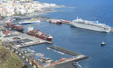 Els vaixells, més contaminants que els cotxes