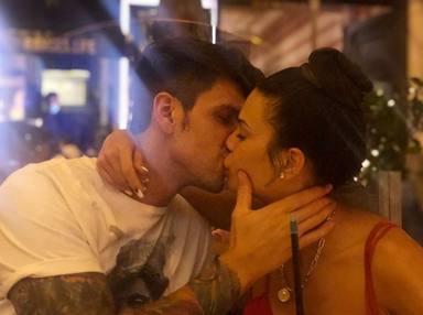 El beso de Diego Matamoros que confirma su relación con Carla Barber