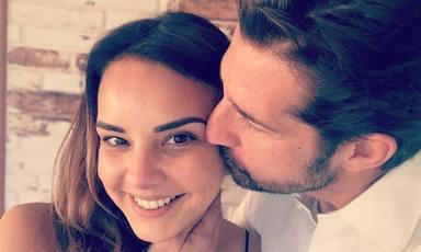 Chenoa presume del último logro de su pareja Miguel Sánchez Encinas