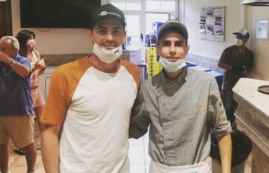 Iker Casillas junto a su primo Diego en Navalacruz
