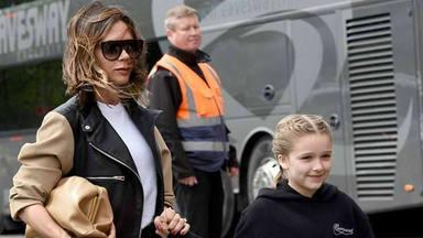 Victoria Beckham se deja maquillar por su hija Harper Seven y el resultado te sorprenderá