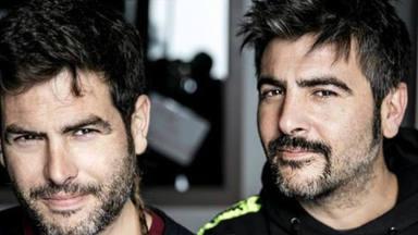 Estopa estrenará la banda sonora de la televisiva 'Los hombres de Paco' dándole la vuelta a uno de sus temas