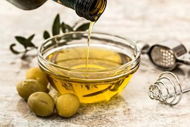 Que has de saber de l'oli d'oliva en la teva salut i cuina