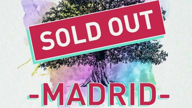 Taburete cuelga el cartel de Sold Out para Madrid
