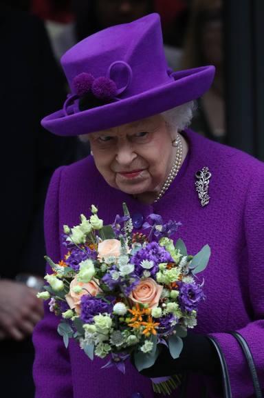 La reina Isabel II preocupa su salud por el coronavirus