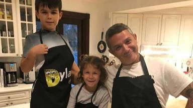 Alejandro Sanz cita con sus hijos Dylan y Alma