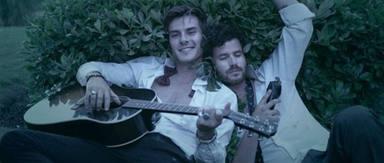 ¿Has escuchado ya la nueva canción de Taburete y Dvicio?