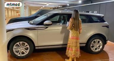 Comprarse un coche, el mayor lujo de Violeta Mangriñán