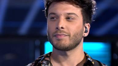"""Blas Cantó canta 'Voy a quedarme' en """"Supervivientes"""" y desvela si participaría en el concurso algún día"""