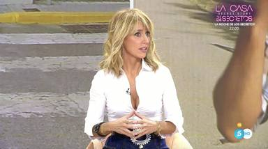 Emma García, muy seria echando la bronca a José Antonio Avilés por los gritos que pega en directo