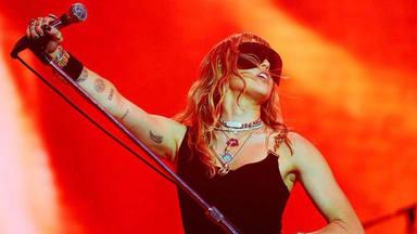 """Esta es la portada de """"She is coming"""", nuevo álbum de Miley Cyrus"""