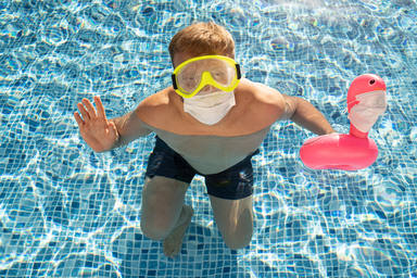 El contagio de coronavirus en la piscina