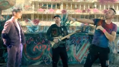 Coldplay y BTS estrenan el videoclip de 'My Universe': efectos especiales para una reunión musical virtual